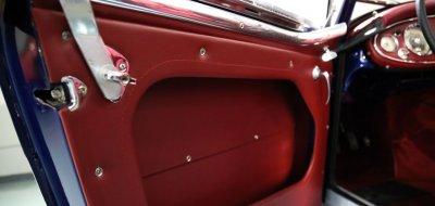 Austin-Healey 3000 MK II door