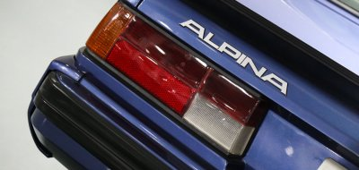 BMW M6 Alpina 1988 taillight