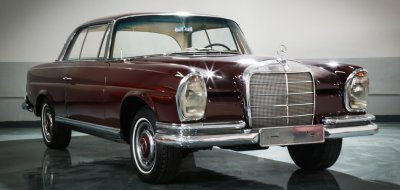 Exterior view of wine color Mercedes Benz 220SE 1964