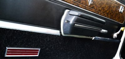 Oldsmobile Cutlass Supreme 1970 door closeup