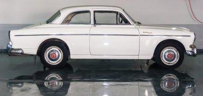 فولفو 122 موديل عام 1964