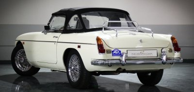 MG C 1969 rear left view