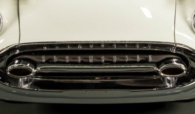 Oldsmobile 88 1956 front closeup view