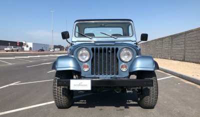 Jeep CJ-8 (Scrambler) 1983